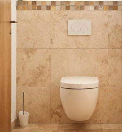 Naturstein-WC